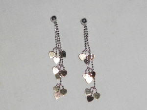 Two-tone, dangle heart earrings